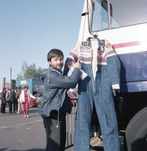 Our mate Ian tempted to nick Derek Bell's race suit. He didn't Derek - honest!.