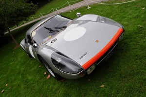 Frontal view of 904 Carrera GTS